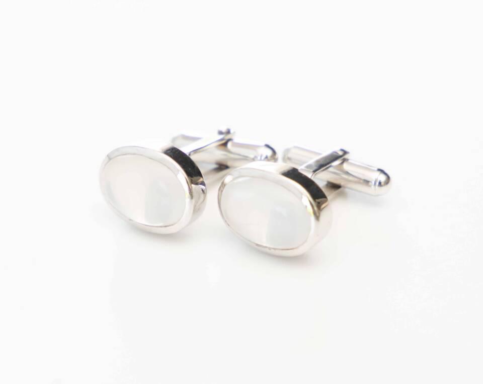 manchetknoop met maansteen zilver witgoud